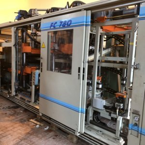 WM TFT 780 E Thermoforming machine, form cut stack